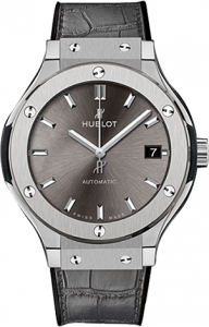 Replique Hublot Classic Fusion 42mm Titane 542.NX.7071.LR